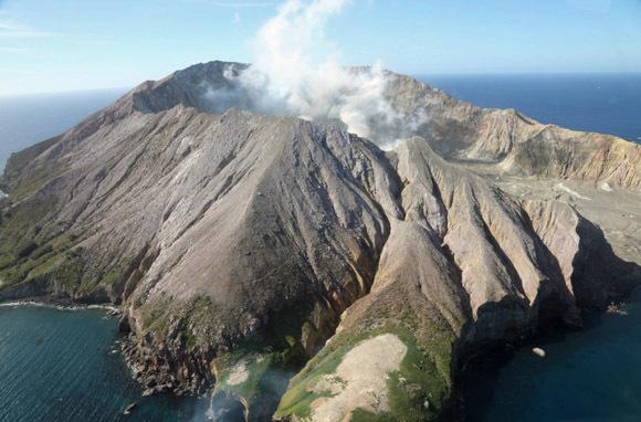Day 7: White Island And Te Po