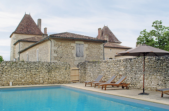 A Chateau in Southern France for $28 Per Person, Per Night