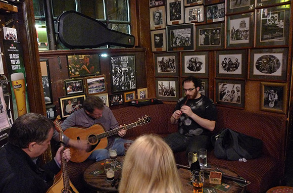 Sing with the Folks at O'Donoghue's
