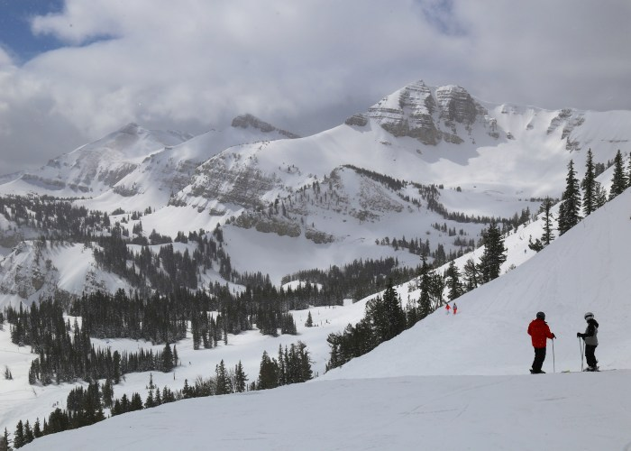 Jackson Hole: Hotel Stays from $209