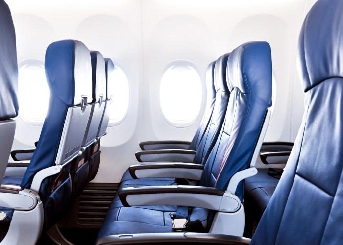 FAA Will Consider Legroom Minimum for Coach Seats