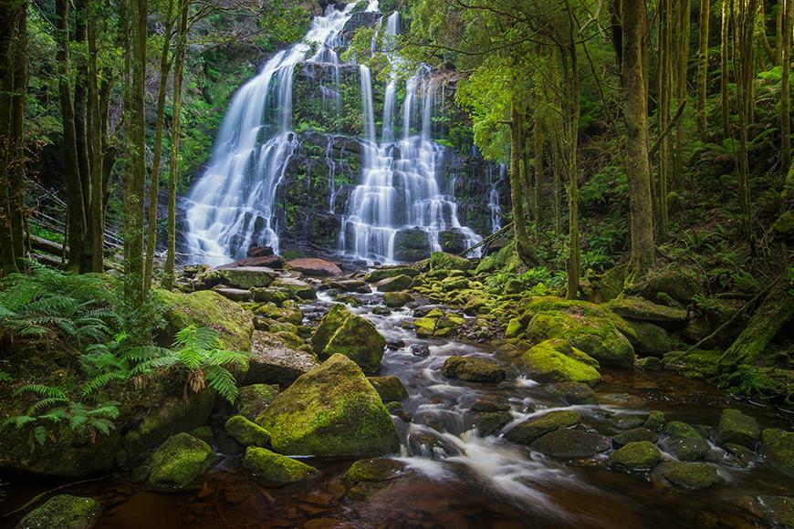 nelson falls waterfall tasmania.