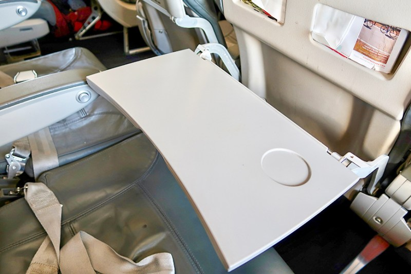 airplane seat tray table