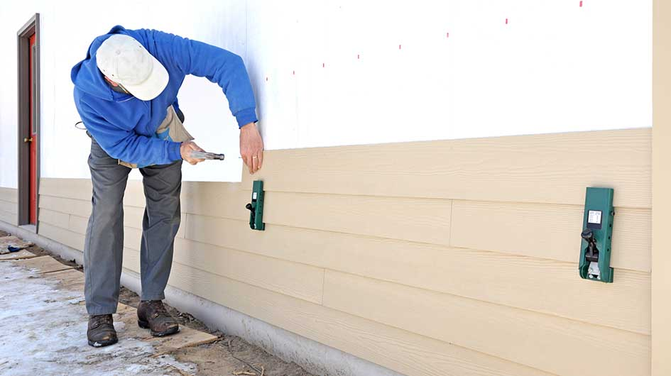 Choosing The Right Siding Contractor