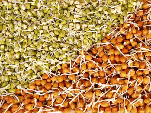 The Three Rules Of Eating Dals, As Per Nutritionist Rujuta Diwekar