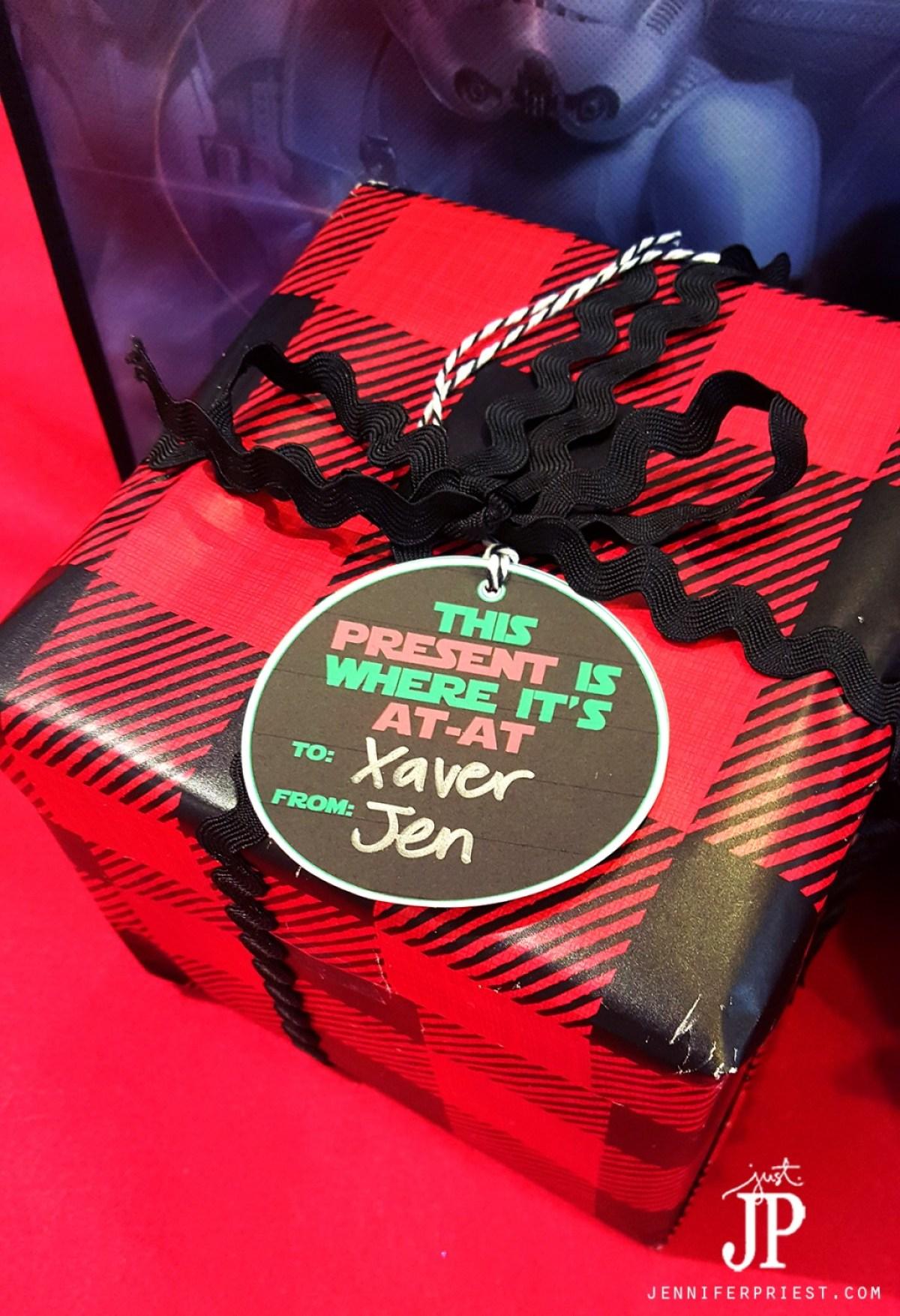 At-At-Gift-Tags-Star-Wars-Printable-Christmas-Jpriest