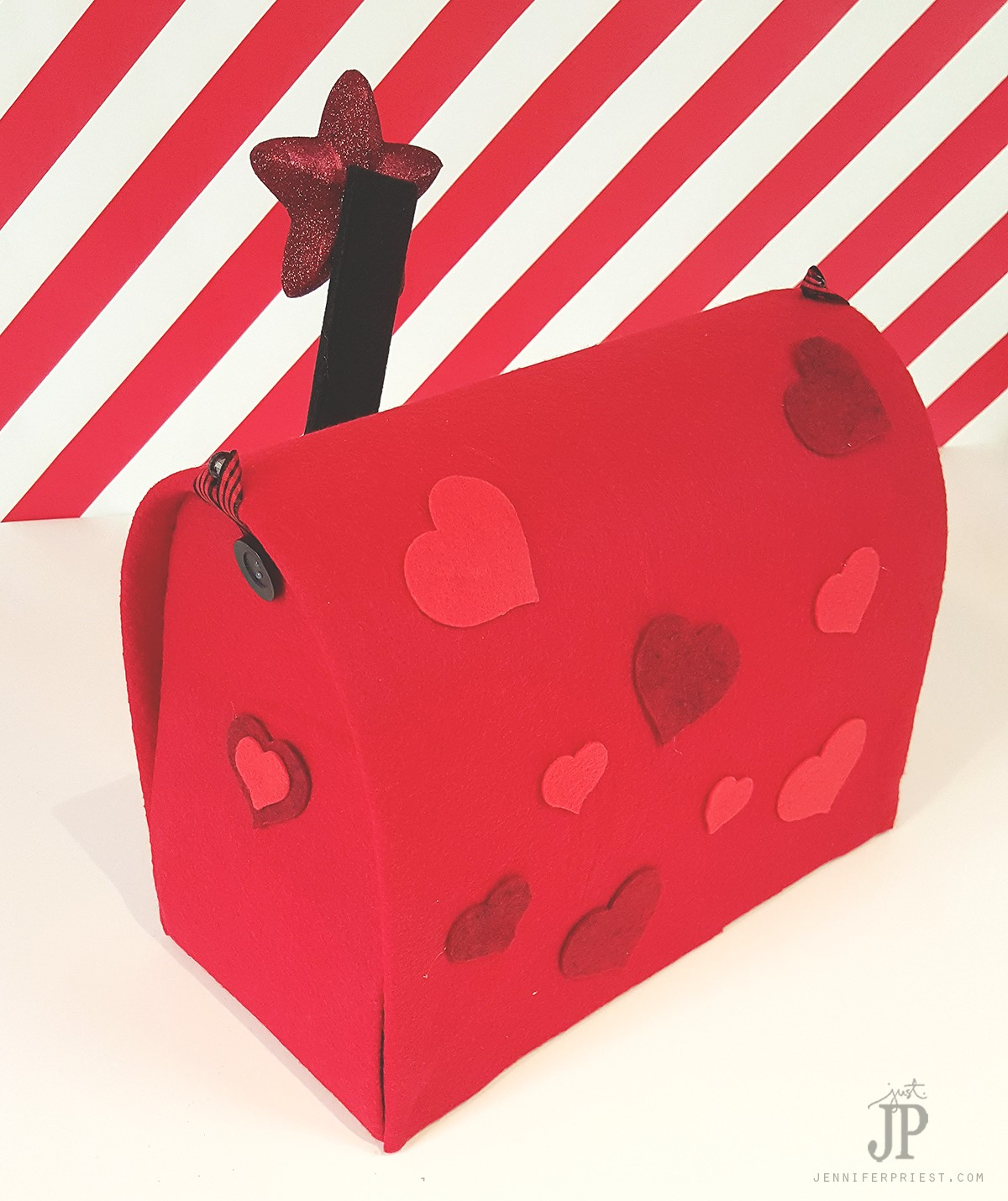 DIY-Valentine-Mailbox-with-Smoothfoam-and-Felt--by-Jennifer-Priest