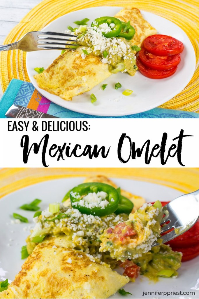YUMMY and easy Mexican Omelet recipe featuring Creamy Guacamole by Knorr. #pruebaelsabordeKnorr [AD]