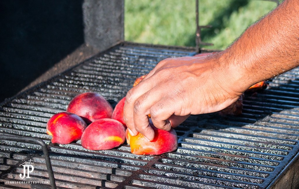 Place-halves-of-stone-fruit-on-the-grill