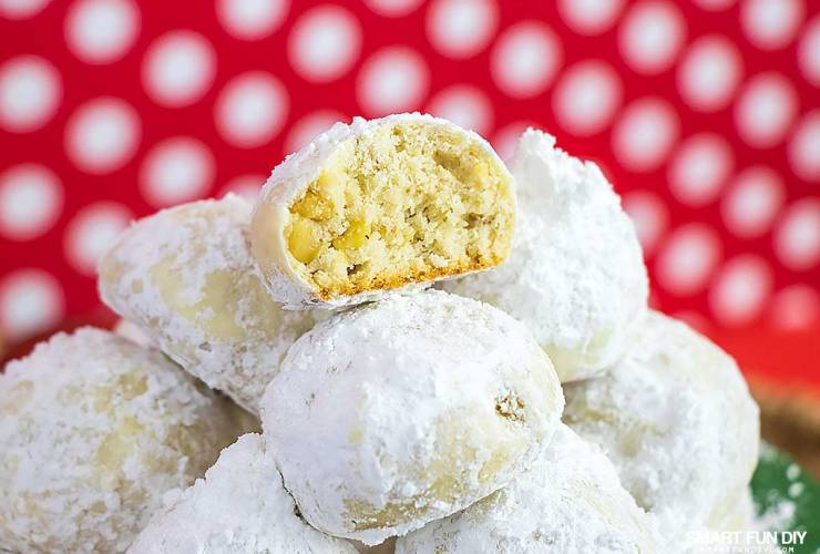 Mexican Wedding Cakes Recipe (or Russian Tea Cakes) Cookies