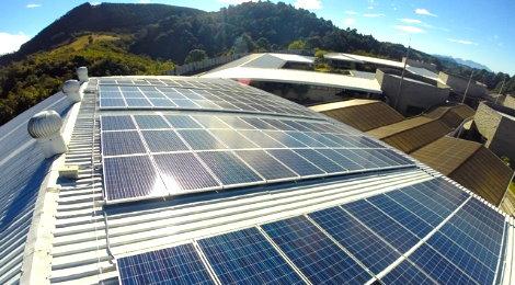 Centro Educativo en Guatemala inaugura planta solar