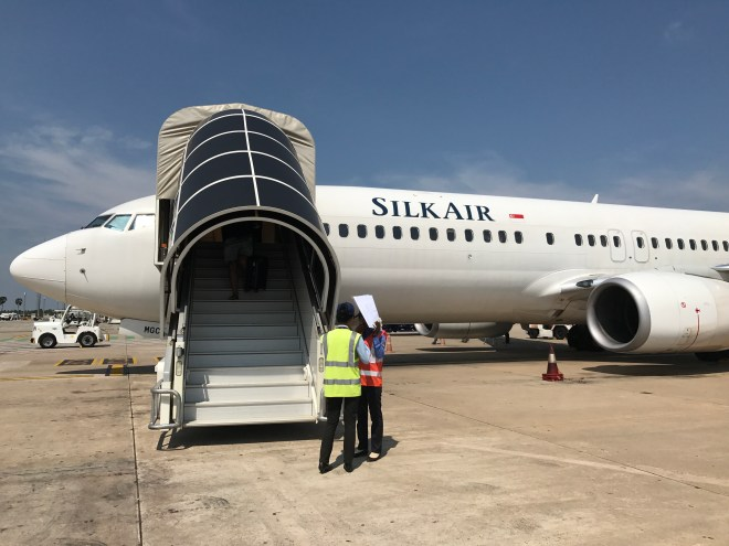 Boarding a SilkAir Boeing 737-800
