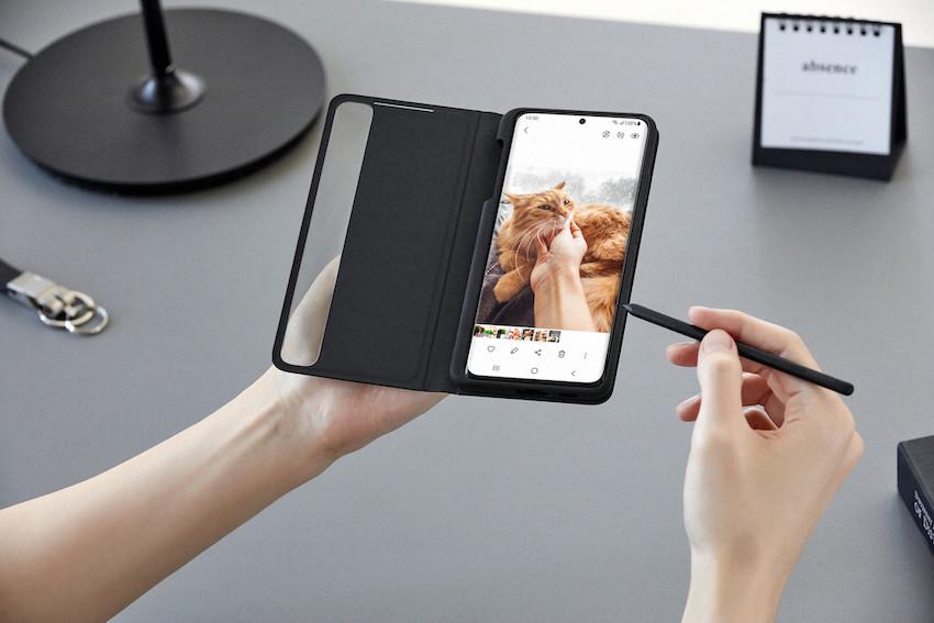 Samsung Galaxy S21 Ultra mit Case und S-Pen-Support (Foto: Samsung)