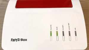 FRITZ!Box 7590 AX (Foto: teltarif.de)