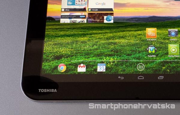 Toshiba excite pure recenzija - zaslon