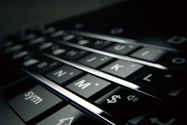 Novi QWERTY BlackBerry u kratkom video teaseru