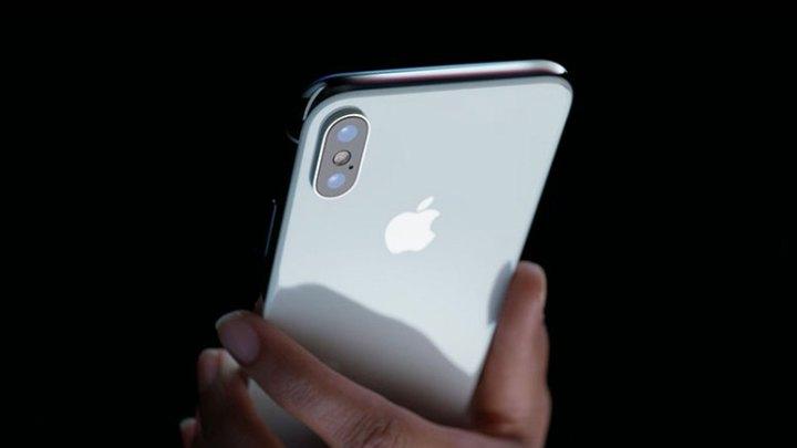 iPhone X proizvodnja sada na 400 000 komada tjedno