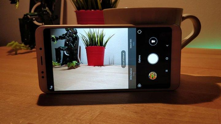 Xiaomi Redmi 5 Plus Recenzija