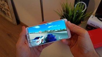 Xiaomi Redmi 5 Plus recenzija (4)