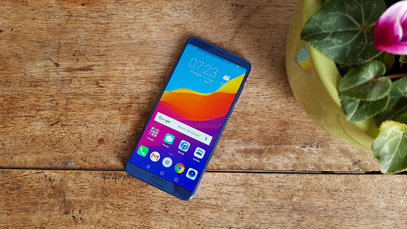 Recenzija: Honor View 10