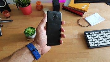 Galaxy-A6-2018-recenzija-(3)
