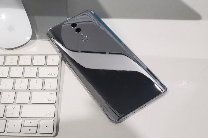 Honor Note 10 stiže 31.7, donosi 6.9'' AMOLED ekrančinu i 6,000 mAh bateriju