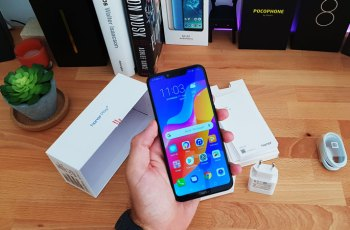 Honor Play gaming smartphone na testu - Unboxing i prvi dojmovi