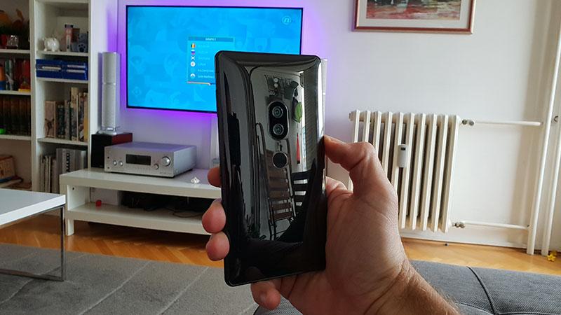 Recenzija: Sony Xperia XZ2 Premium