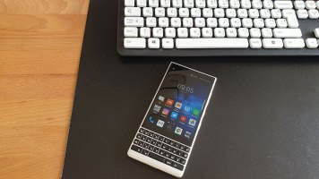 BlackBerry Key2 Recenzija (14)