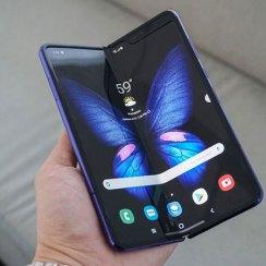 Samsung istražuje iskrsle probleme sa savitljivim zaslon Galaxy Fold uređaja