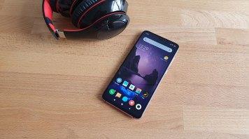 Xiaomi-Mi-9-Recenzija-(17)