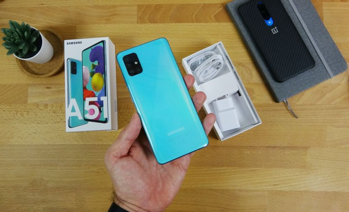 Galaxy A51 unboxing