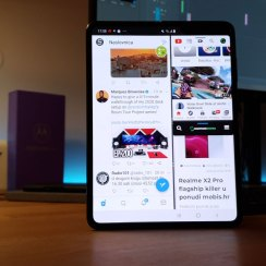 galaxy fold multitasking
