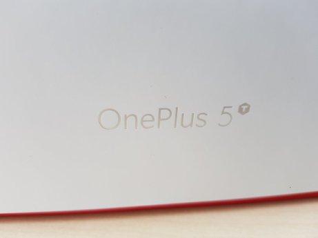 oneplus-5t-01