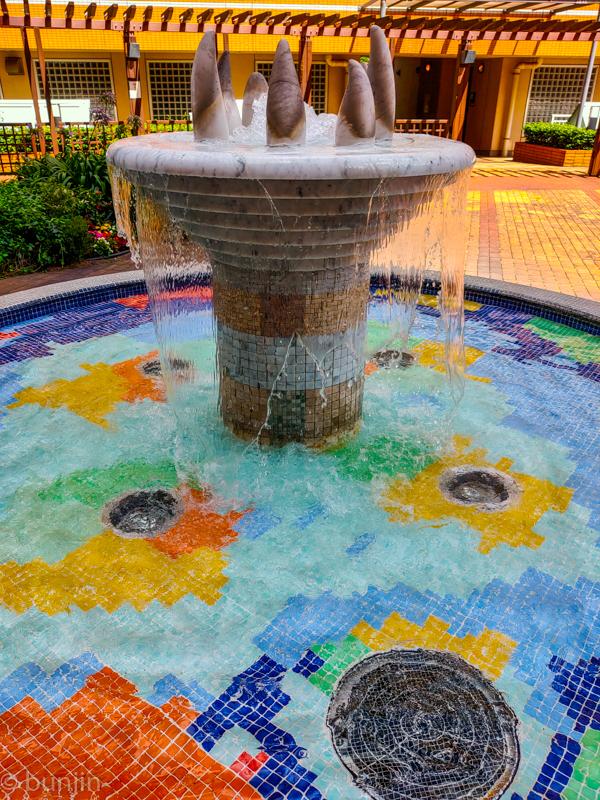 A vivid fountain