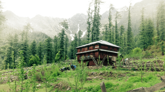 best places to live off the grid