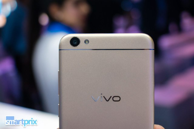 vivo-v5-moonlight-selfie-phone-13