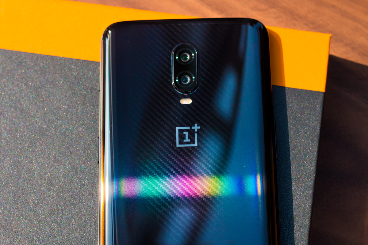 Oneplus 6t Mclaren Edition Review With Pros Cons Worth The Hype