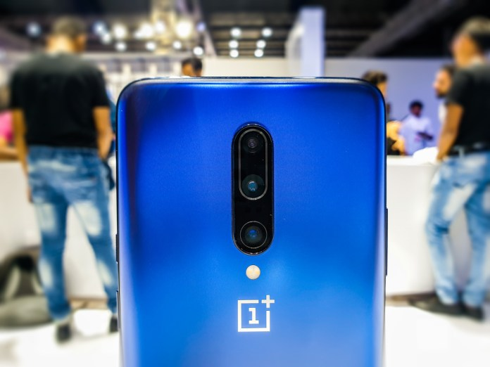 OnePlus 7 Mirror Blue color available from July 15