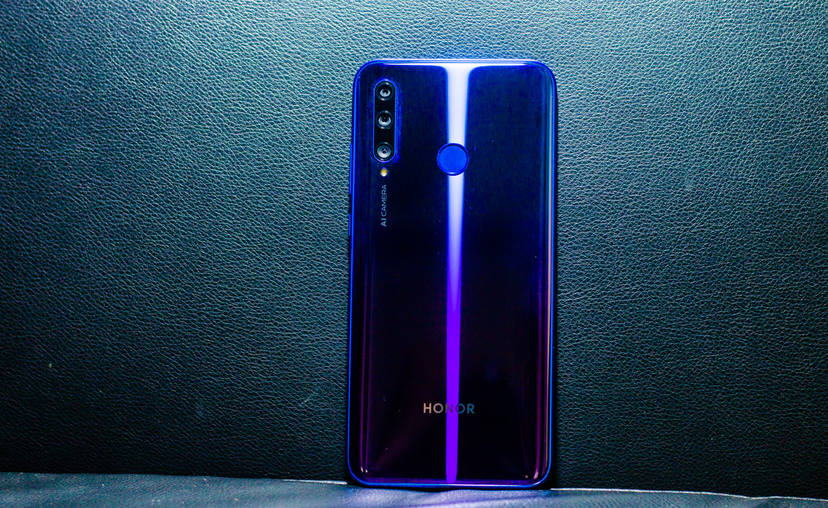 Honor 20i Review with Pros and Cons - Should you buy it?