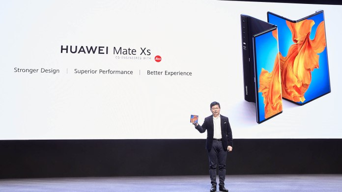 Huawei Mate Xs goes official