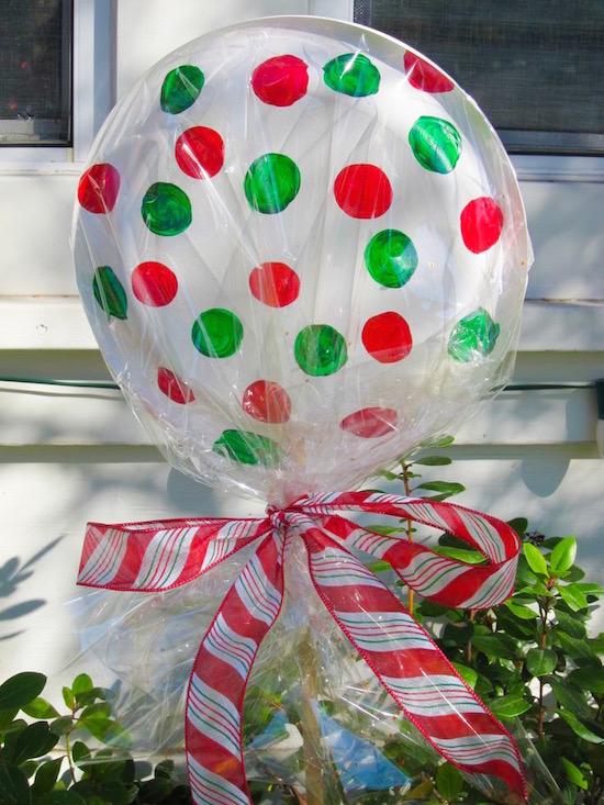 Diy Dollar Lollipops For Christmas Decor Use Paper Plates Glued Stapled Together