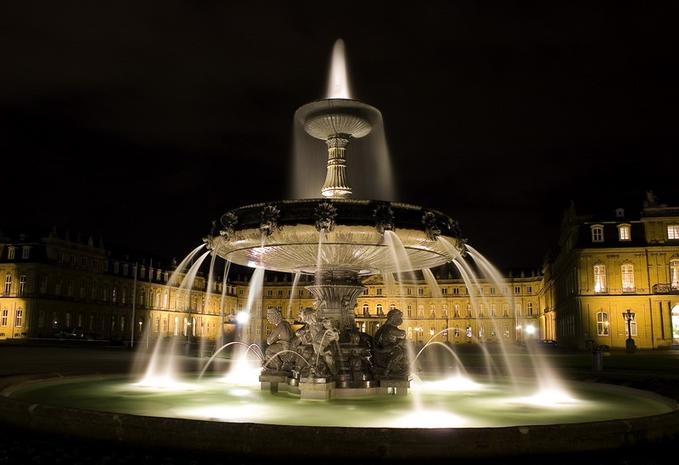 Fountain at Center of Stuttgart 30 Smashing Examples of  Architectural Photography