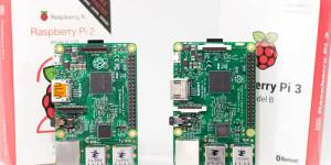 Raspberry Pi 2 and Pi 3 side by side