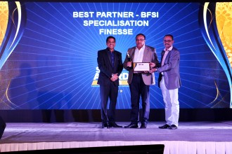 MR.ALTAF HALDE COUNTRY MANAGER KASPERSKY LAB INDIA AND SOUTH ASIA GIVING AWAY THE AWARD OF THE BFSI PARTNER OF THE YEAR TO FINESSE