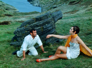 Alain Saury and Juliette Mills in L'Invention de Morel.