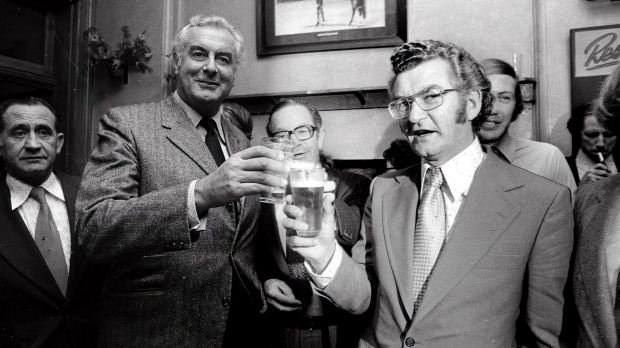 Gough Whitlam and Bob Hawke having a beer in the Trade Hall Hotel in 1974