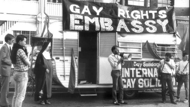 Lex Watson addressing gay rights activists setting up their 'Gay Embassy' opposite former NSW premier Neville Wran's ...