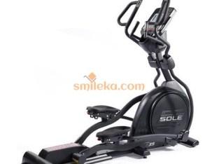 Commercial sole elliptical cross trainer