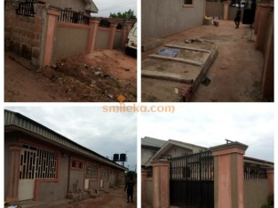 5 Self-Contain Flat Apartment Located @ Benin City
